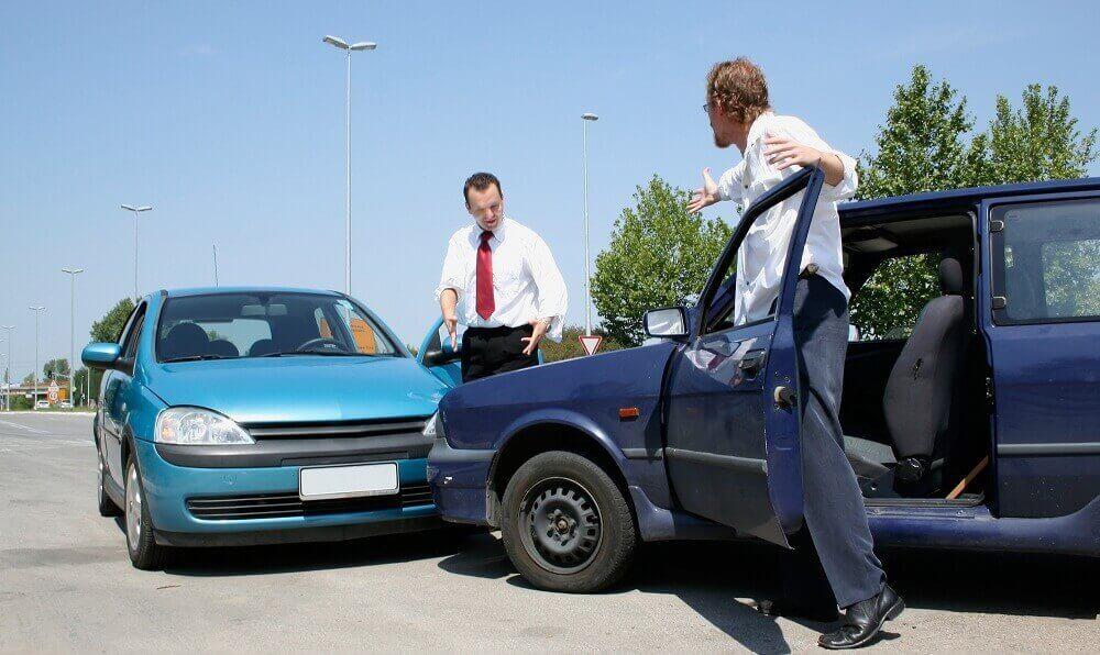 Naprawa samochodu a lakierowanie